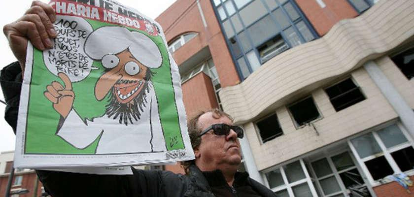 Soutenir Charlie Hebdo, critiquer Charlie Hebdo…