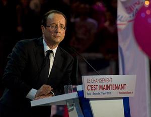 Illustration - À Bercy, François Hollande se pose en archi-favori