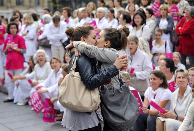 «Le baiser de Marseille» - Gérard Julien / AFP