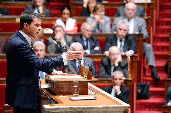 Illustration - Manuel Valls, nouveau capitaine de l'austérité