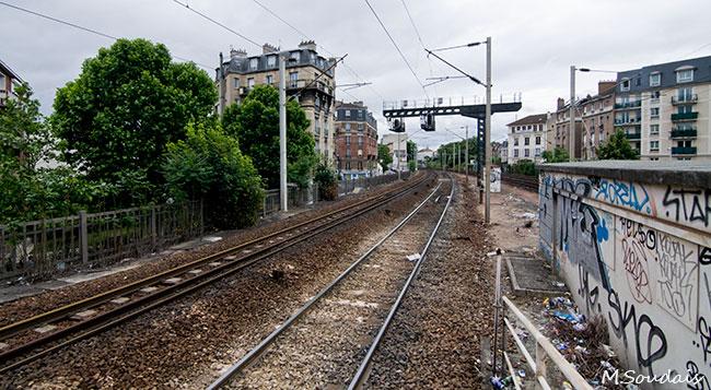 Illustration - SNCF : Les raisons de la grève - « Il faut économiser environ 2 milliards d'euros par an pour réaliser les travaux en stabilisant la dette »