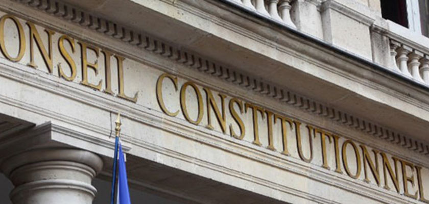 Le Conseil constitutionnel valide les assignations à résidence