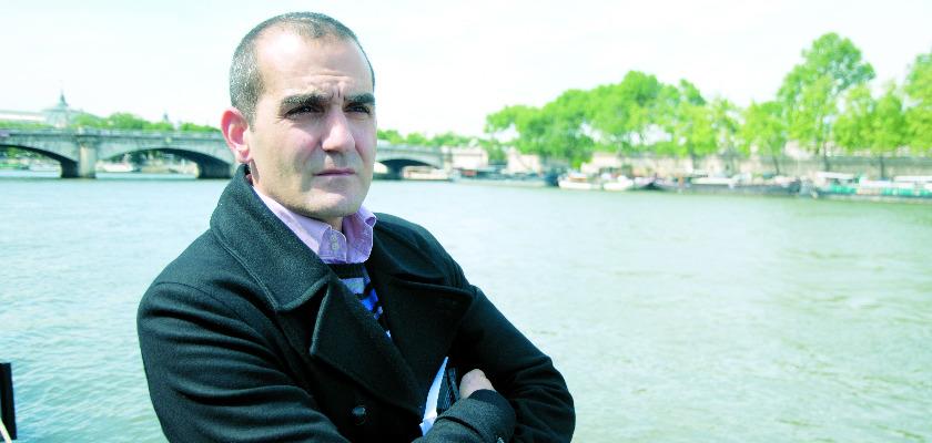 PouriaAmirshahi : «Le gouvernement confisque le temps politique»