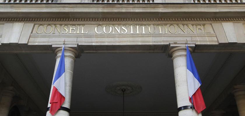 Le Conseil constitutionnel valide l'essentiel des dispositions de l'état d'urgence