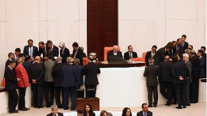 Turquie : Levée de l'immunité parlementaire pour faire taire l'opposition
