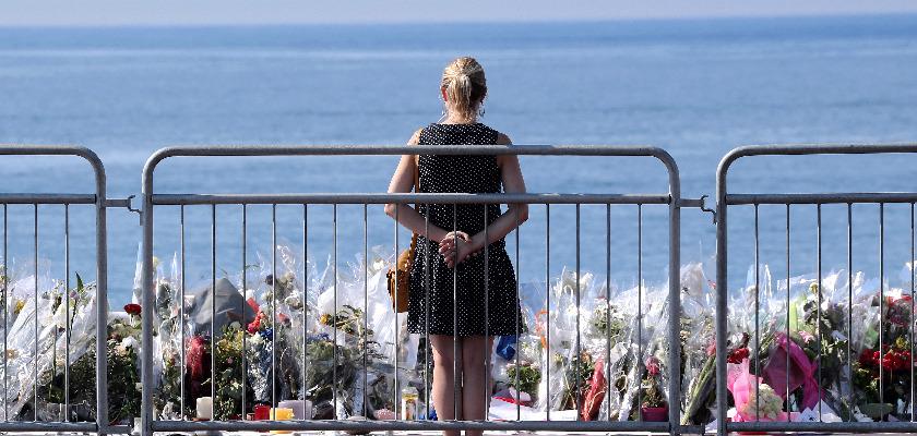 Attentat de Nice : des complices inconnus des renseignements.