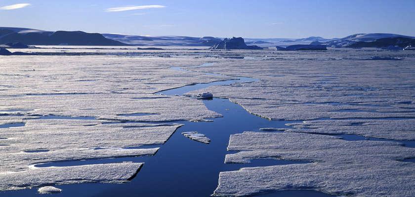 Groenland : Une ancienne base militaire américaine bientôt révélée par le réchauffement climatique ?