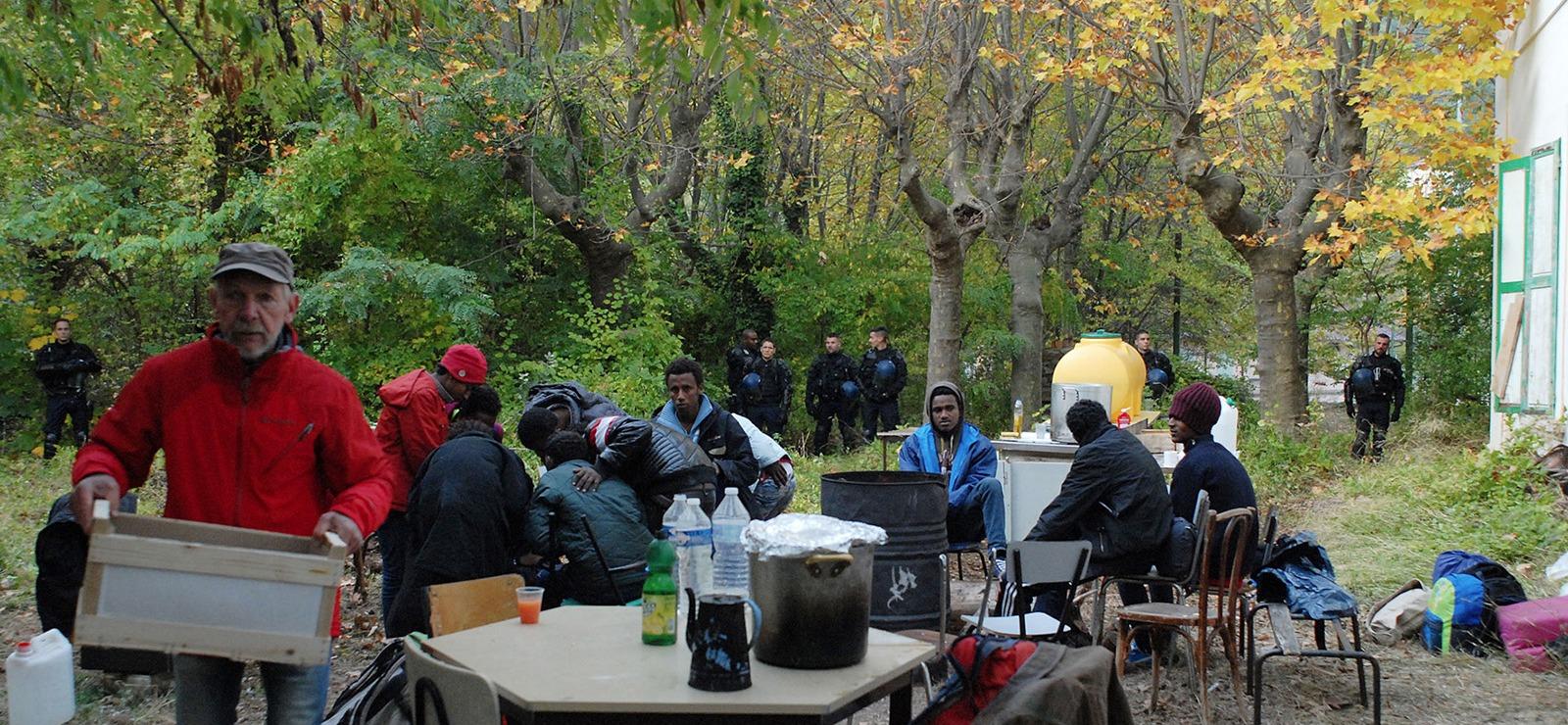 Indignations après le démantèlement du lieu d'accueil pour les migrants dans la vallée de la Roya