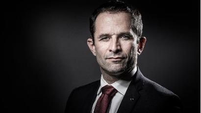 Sécurité, défense : sans innover, Benoît Hamon confirme ses positions