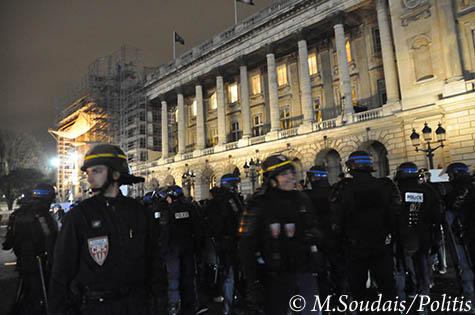 Déploiement de forces de l'ordre pour protéger le dîner du Siècle, le 24 novembre 2010.