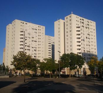 Au sud-est de la plaine des Minguette, 9 des 12 tours ont été détruites dans le cadre de la rénovation urbaine. - E.M
