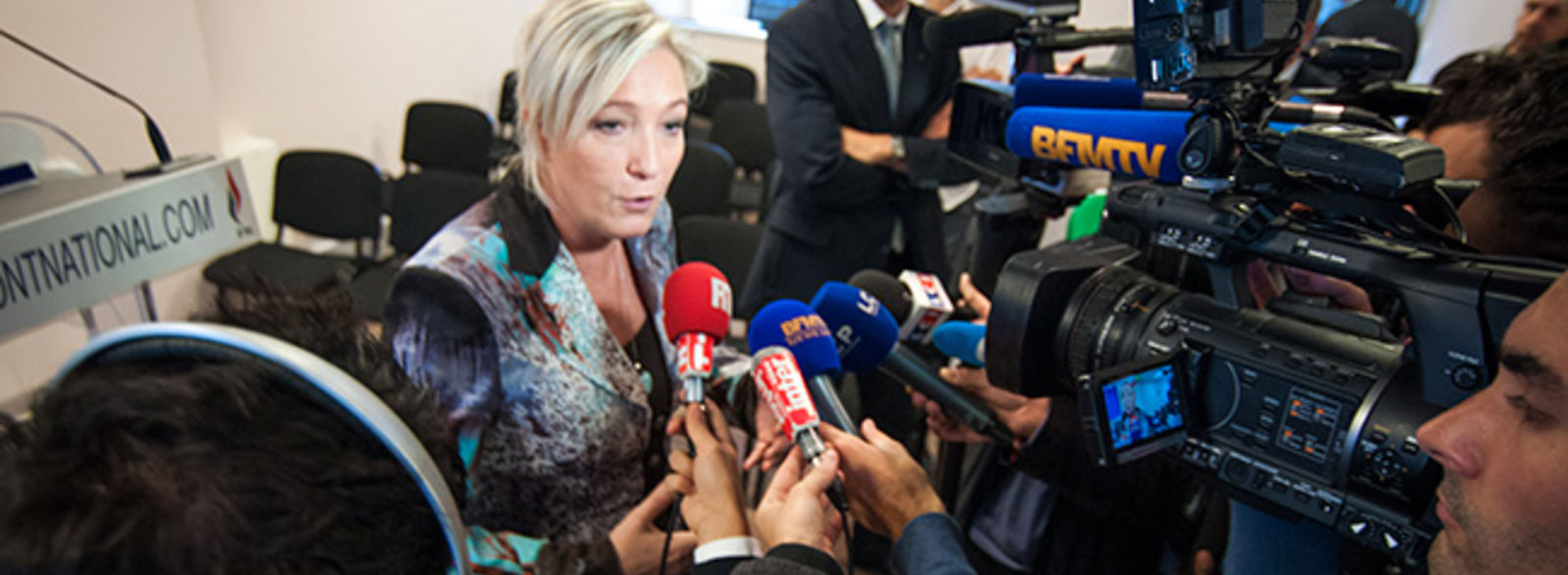 En quête des raisons du succès de Marine Le Pen dans les médias...
