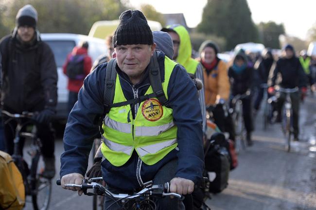 Départ du convoi de Notre-Dame-des-Landes, 21 novembre 2015. - JEAN-SEBASTIEN EVRARD / AFP