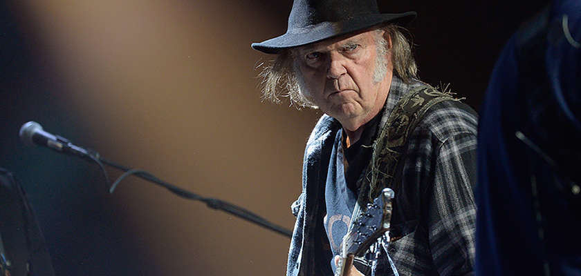 Neil Young marche encore