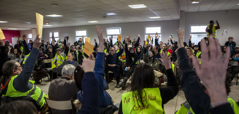 « Nous gilets jaunes des ronds-points… »